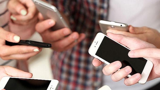 Les mobinautes passent beaucoup de temps sur les applications dédiées @clesdudigital