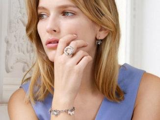 la marque de bijoux Agatha se donne de nouveaux moyens @clesdudigital